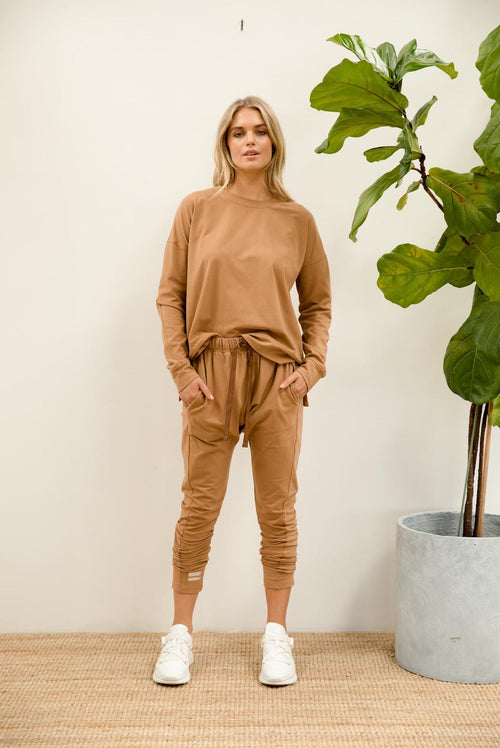 Eve Lightweight Sweat - mocha