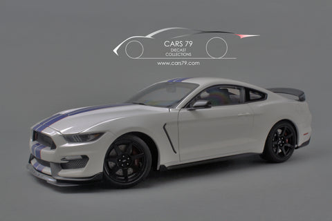 1/18 FORD SHELBY GT-350R by AutoART (72931)