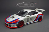 "1/18 Porsche 911 (997) ""Old and New"" Martini look by GT Spirit"