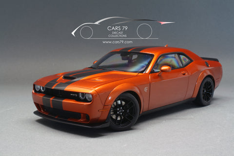 1/18 Dodge Challenger SRT Hellcat (Cinnamon Stick with Gunmetal stripes) by AutoART
