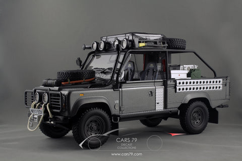 1/18 Land Rover Defender Movie Edition (Tomb Raider) by Kyosho