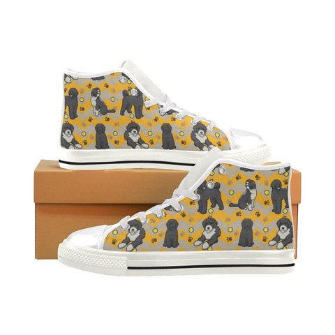 Portuguese water dog White Men's Classic High Top Canvas Shoes (Model 017) - TeeAmazing