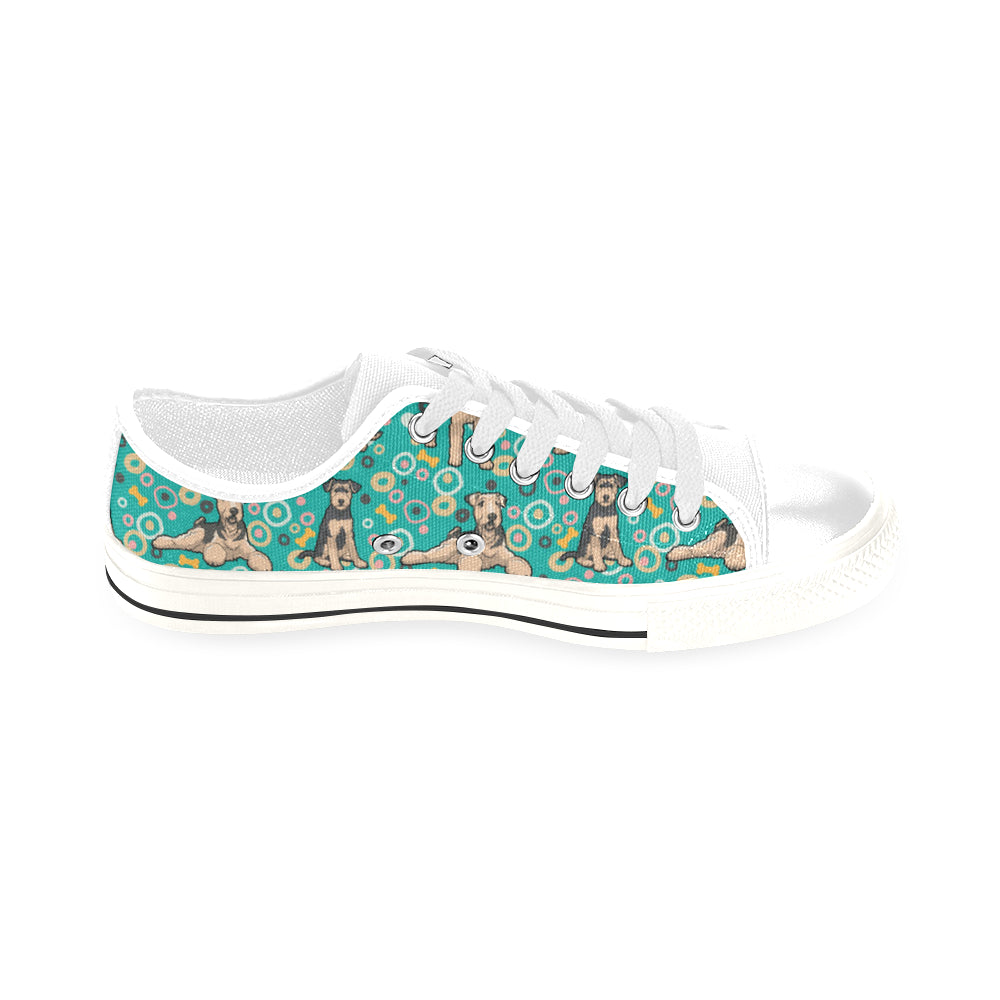 Airedale Terrier Pattern White Men's Classic Canvas Shoes/Large Size - TeeAmazing