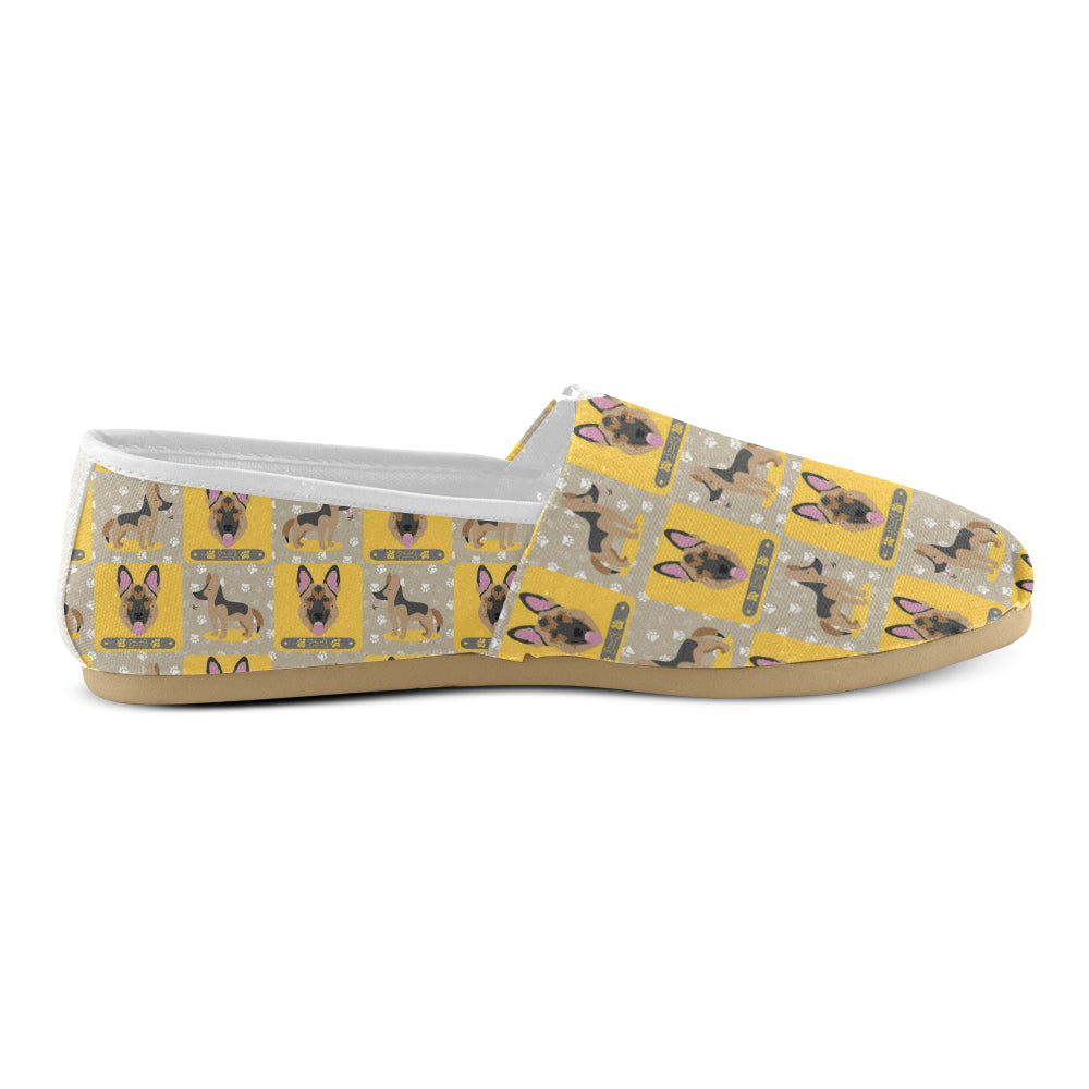 German Shepherd Pattern Women's Casual Shoes - TeeAmazing