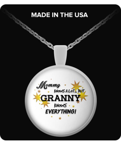 Granny Knows Everything Necklace - Granny Necklace - TeeAmazing - 2