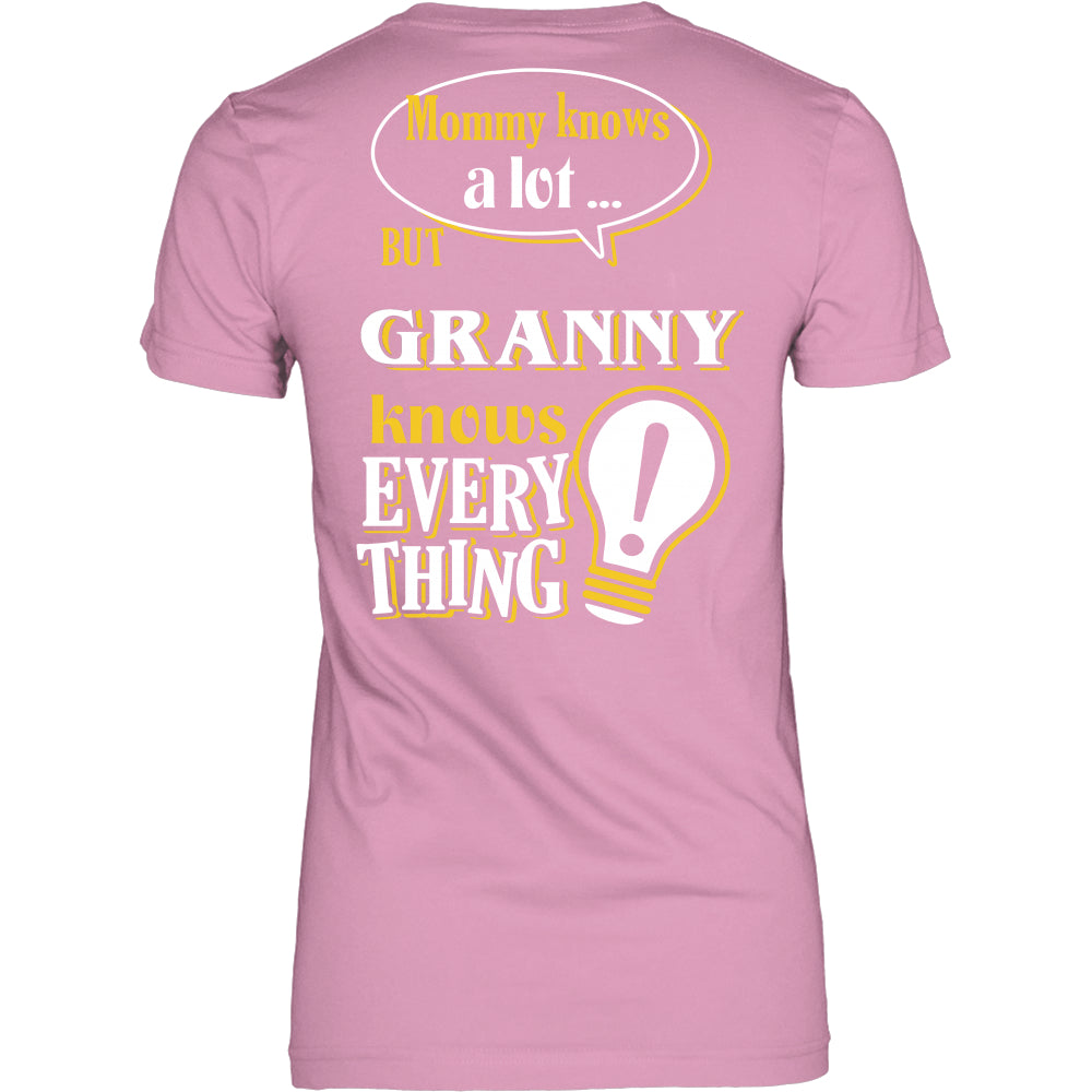Granny Knows More T-Shirt -  Granny Shirt - TeeAmazing
