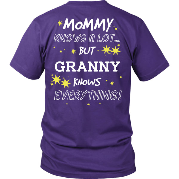 Granny Knows Everything T-Shirt -  Granny Shirt - TeeAmazing - 4