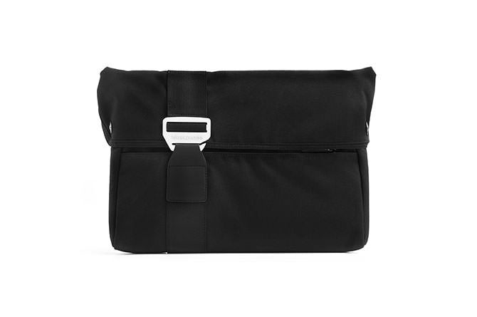 The Laptop Sleeve fits laptops like a glove forming a layer of protection from scratches and scuffs