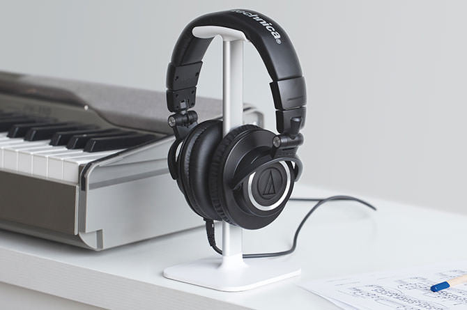 Posto gives headphones a dedicated space when not in use