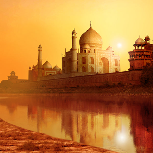 India famous and well known architecture The Taj Mahal