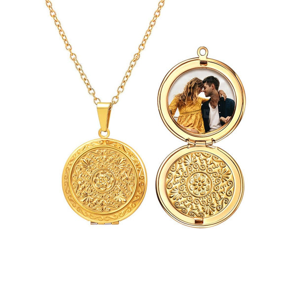 Round Locket Pendant Necklace with Custom Picture
