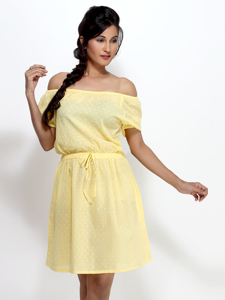 Loco En Cabeza Yellow Short Sleeve Short Dress   CZWD0038