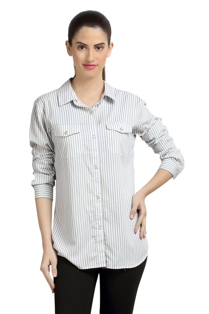 Loco En Cabeza Stripe Rayon Womens Button Down Shirt   CZWT0053