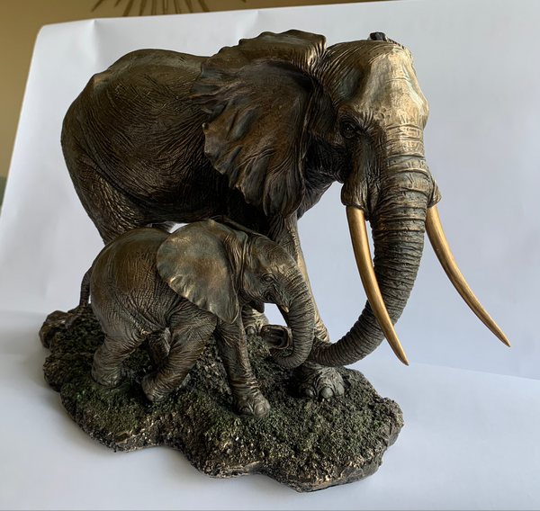 Animal Sculpture – Bronze Elephant and Baby