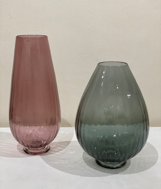 Bob Crooks 'Optix' vase in pink glass H32cm