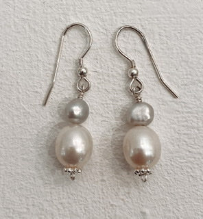 Sandra Pennell 'Earrings' double fresh water pearl