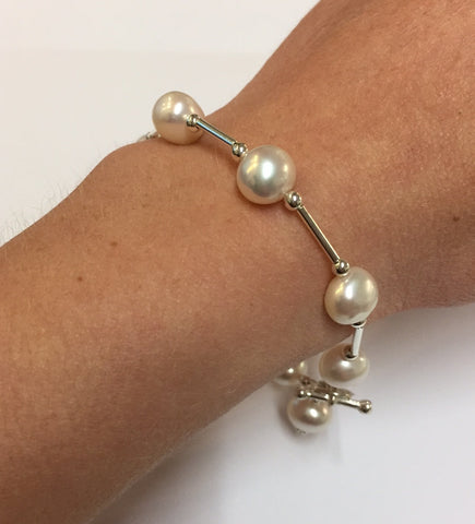 Pearl and silver bar bracelet