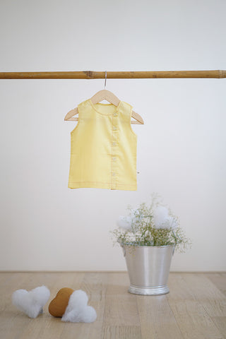'Joys of Spring' - Unisex (0-6 months)