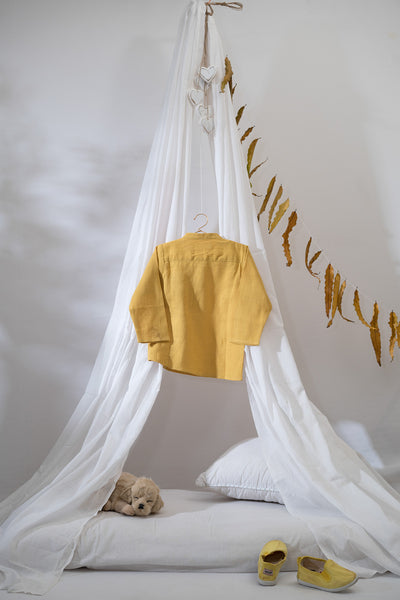 'Leave a Trail' in Ochre Yellow