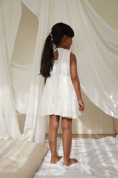 'Moonlight' Slub White Sleeveless Dress with Gathered Sheer Bow Pockets