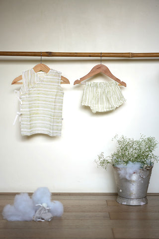 'Barrel of laughs' sleeveless jhabla and bloomers set in green stripes - (Unisex - 0-6 months)