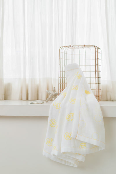 'Pearly Shell' Organic Cotton Blanket/ Dohar in Yellow