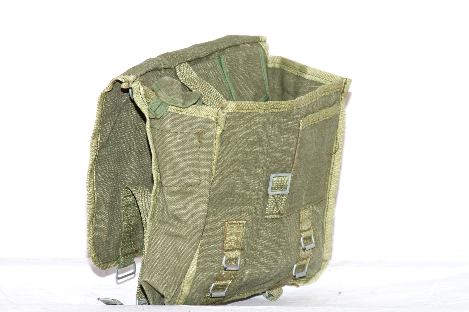 Russian army surplus canvas shoulder / gas mask bag - UNISSUED