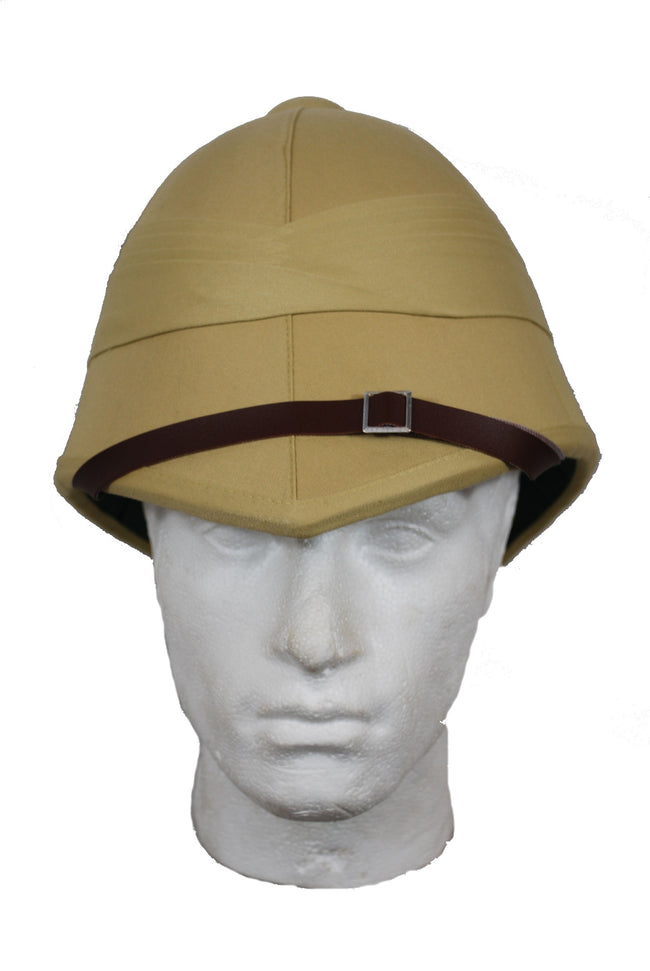 British colonial style,  (tropical) pith helmet