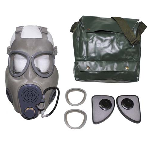 M10 gas mask in bag, sealed filters, extra lenses etc  ** WITH DRINKING STRAW **