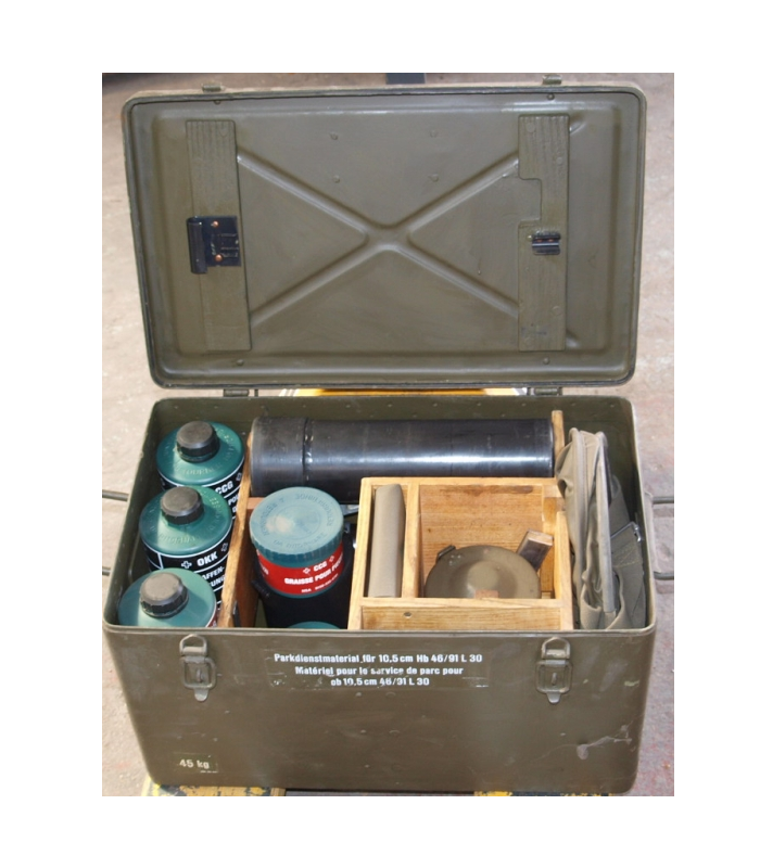 German army surplus howitzer / artillery cleaning kit in metal case