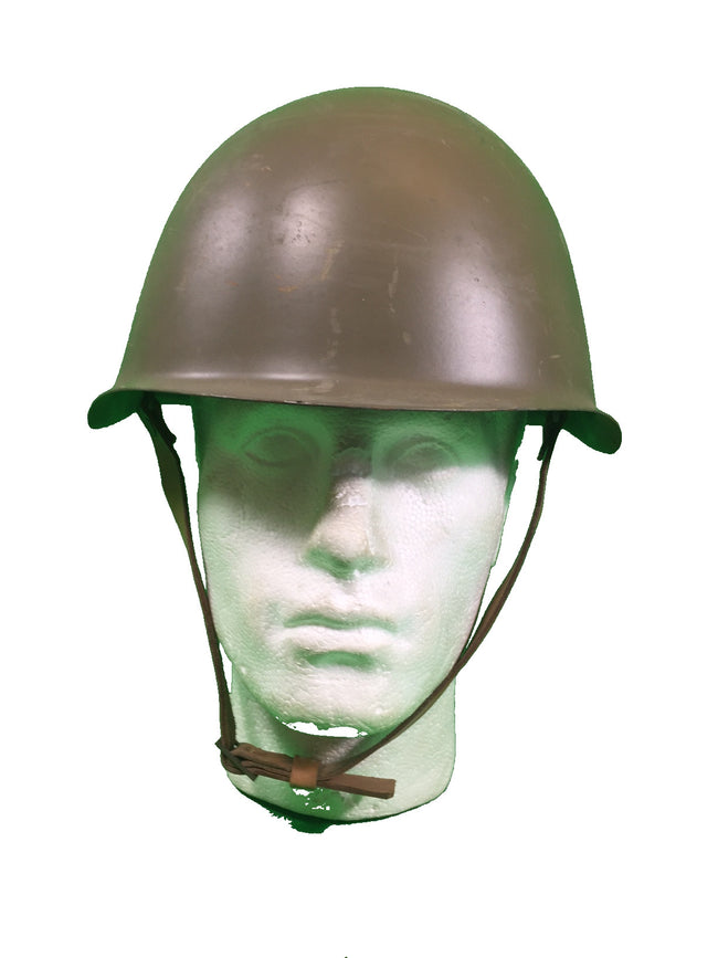 Czech M40 helmet, issued but very light use