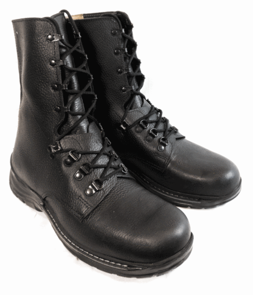 BRAND NEW original SWISS army surplus combat assault boots