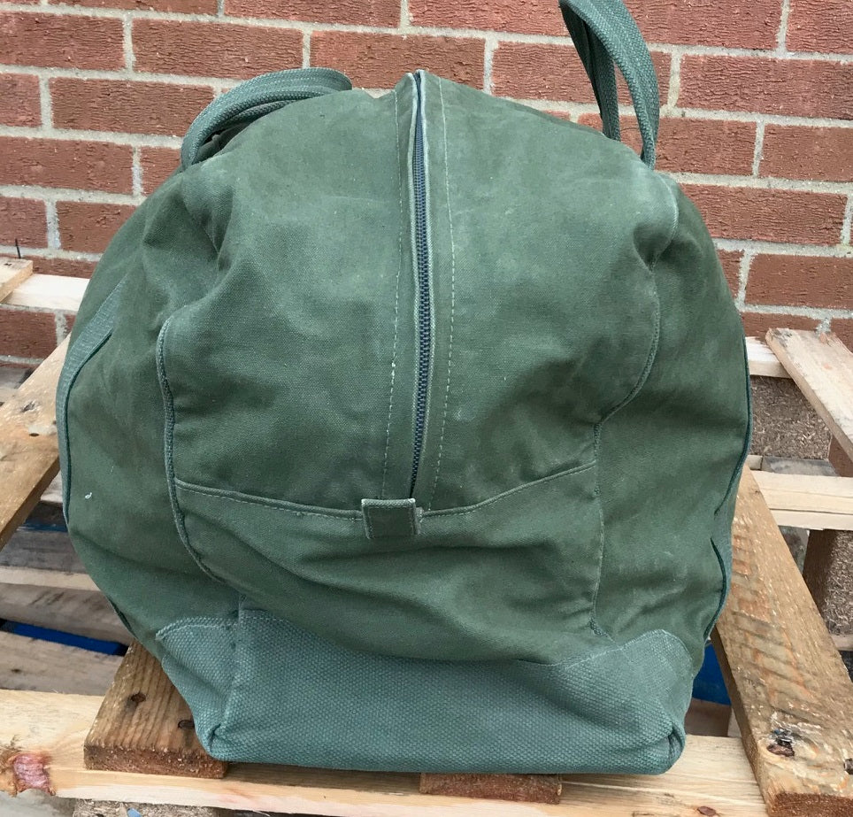 British army surplus green canvas holdall deployment bag