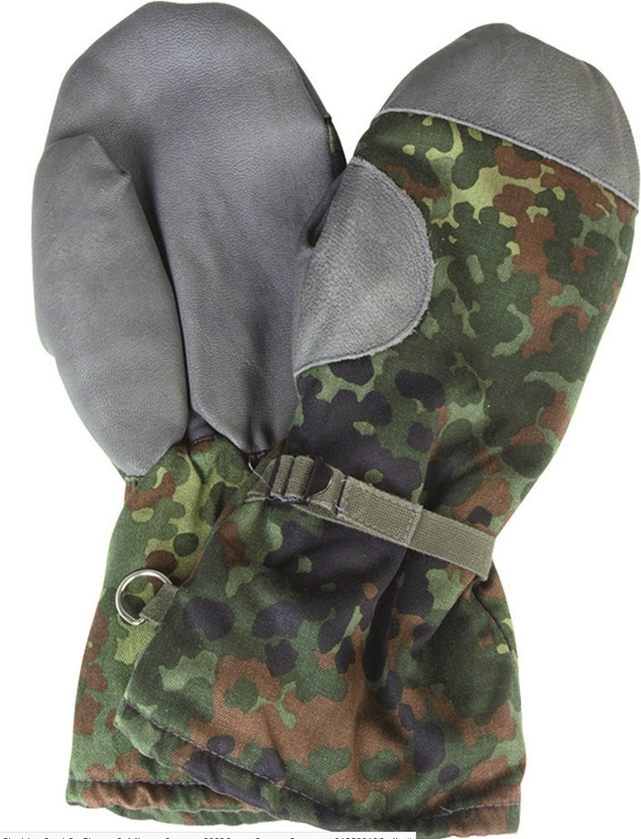 Original German army surplus flecktarn camouflage winter mitts gloves