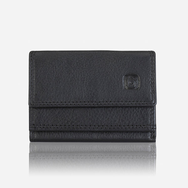 The Nevis Compact Wallet