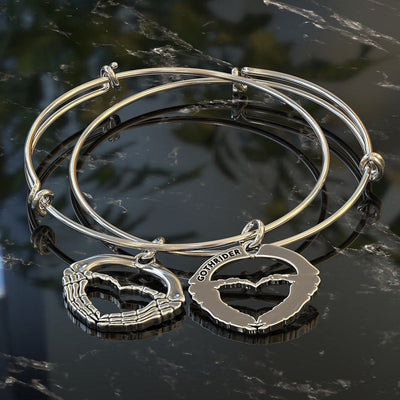 Charm Bangle - GR Skeleton Heart Hands Bangle