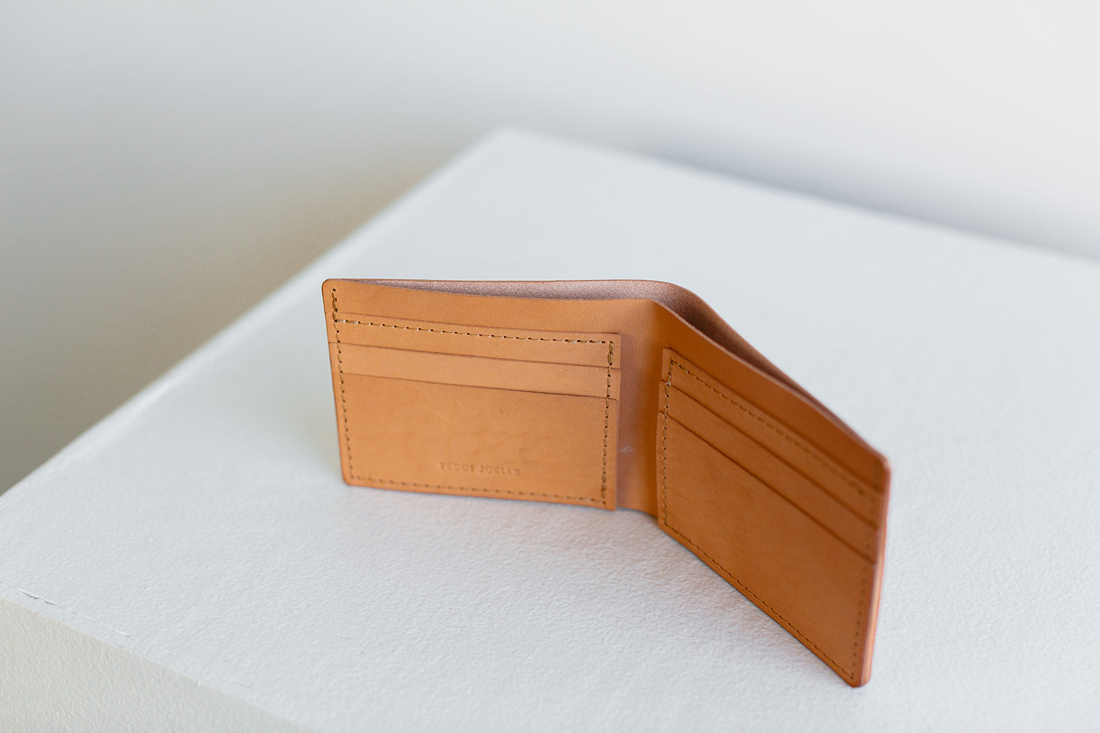 BILLFOLD WALLET - UNDYED NATURAL