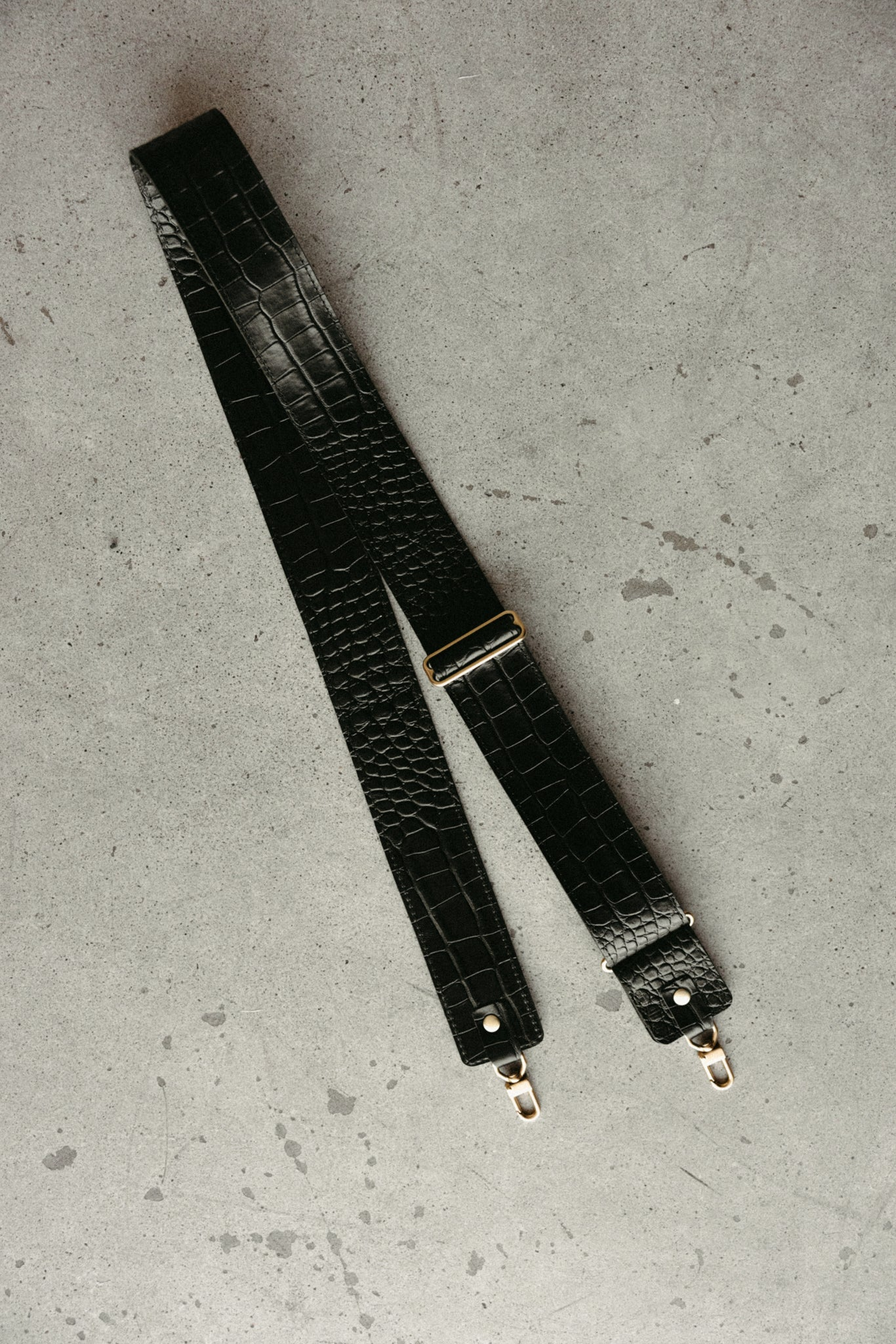 "2"" DETACHABLE CROSSBODY STRAP - BLACK CROC"