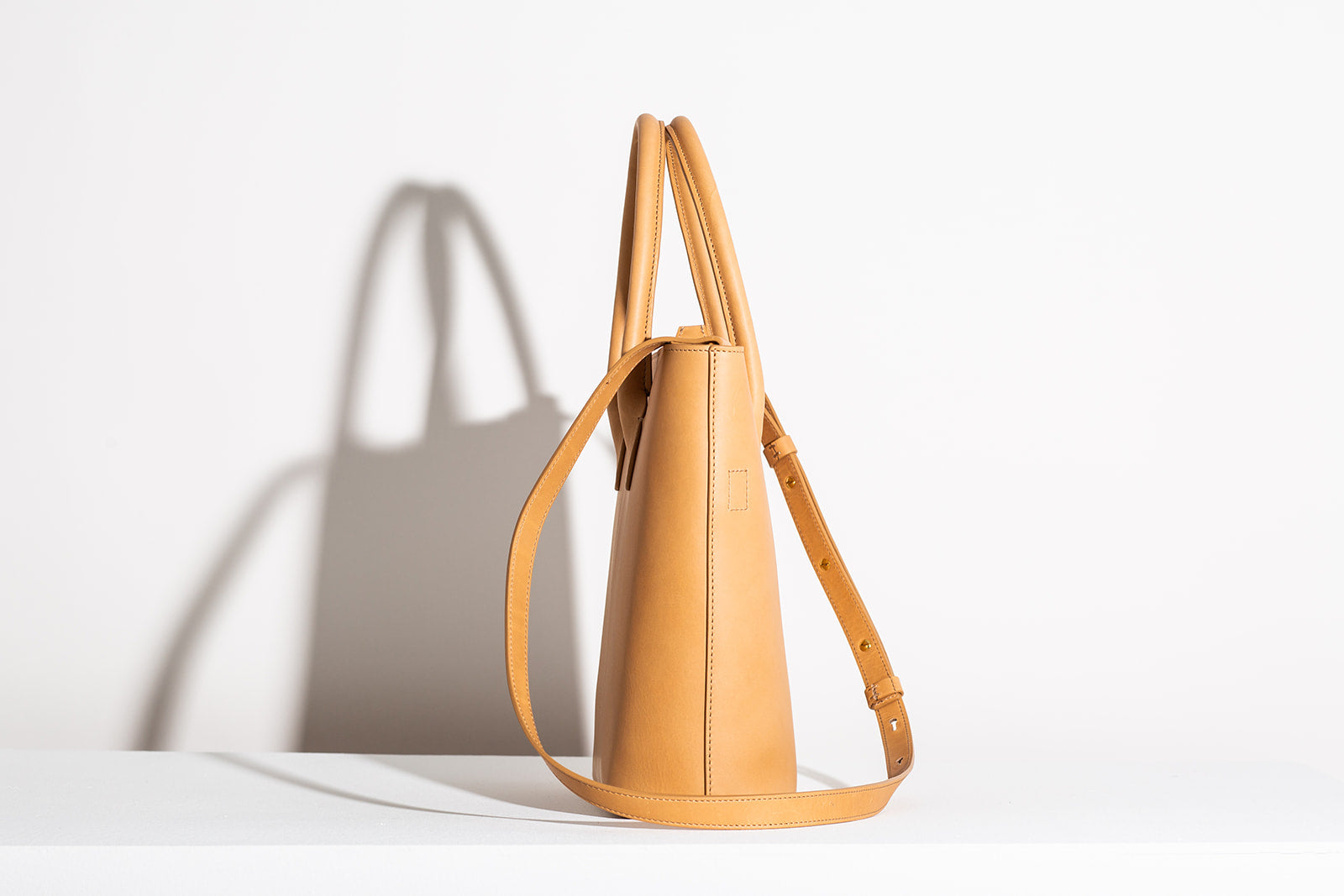 MINI ZIPPER ESSENTIALS TOTE - NATURAL