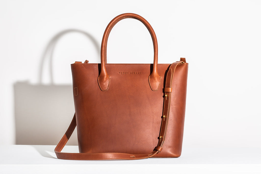 LAST CHANCE: MINI ZIPPER ESSENTIALS TOTE - COGNAC