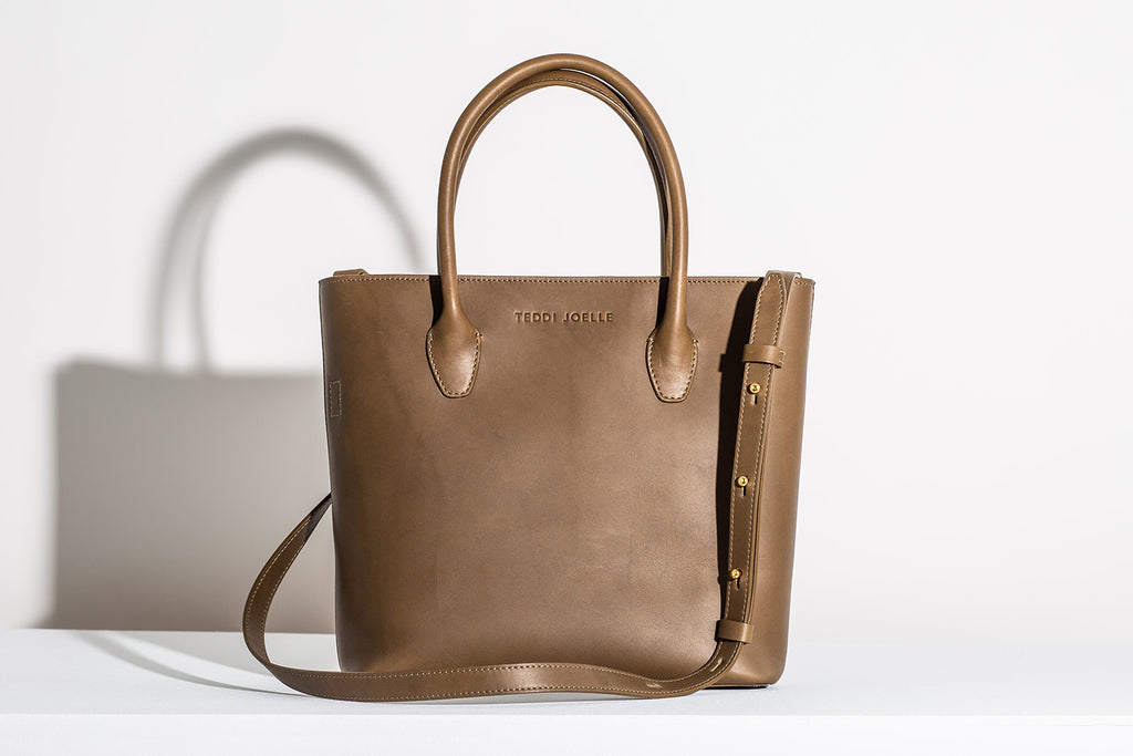 Last Chance: MINI ZIPPER ESSENTIALS TOTE - OLIVE