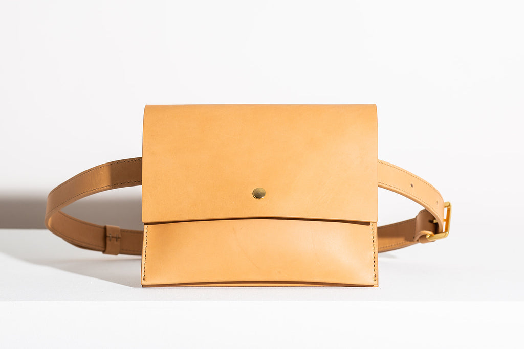 LAST CHANCE: CLASSIC BELT BAG - NATURAL