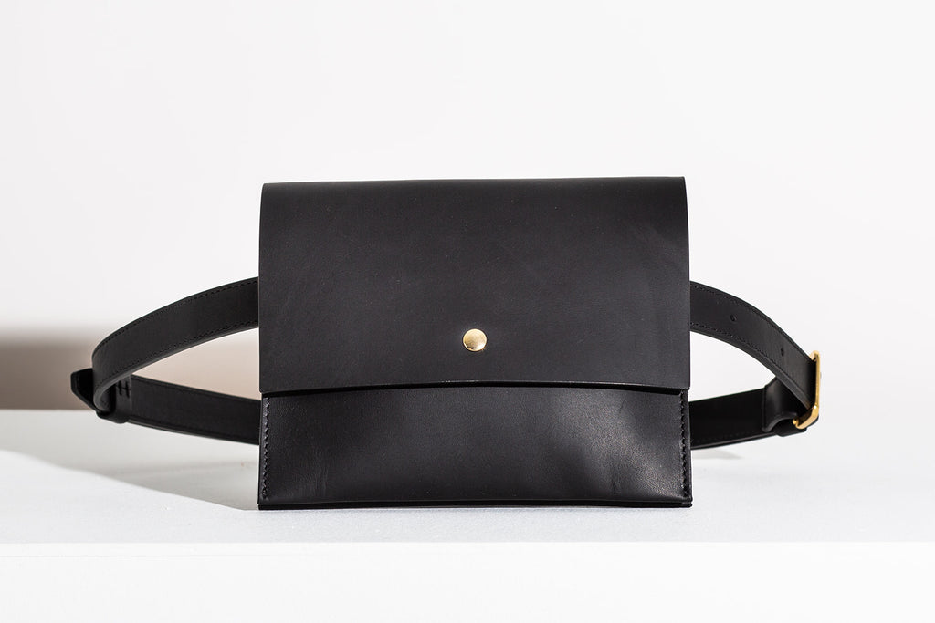 Last Chance: CLASSIC BELT BAG - BLACK