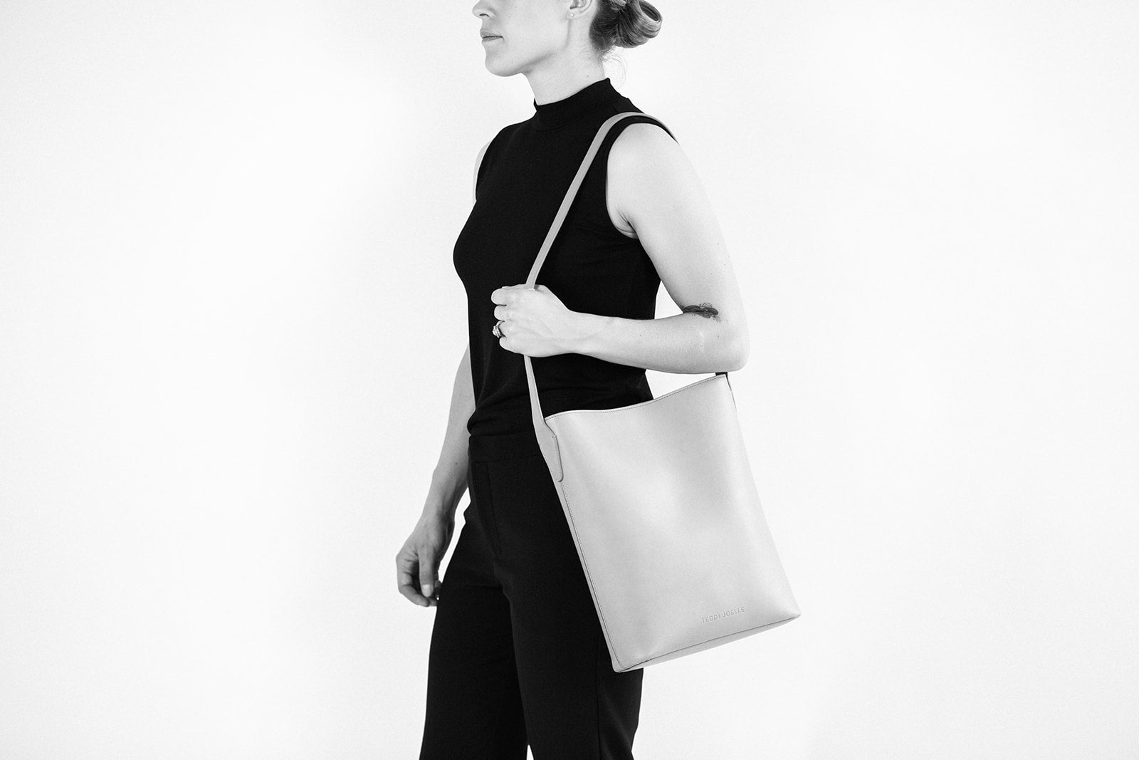 LAST CHANCE: ALBANY TOTE - BLACK