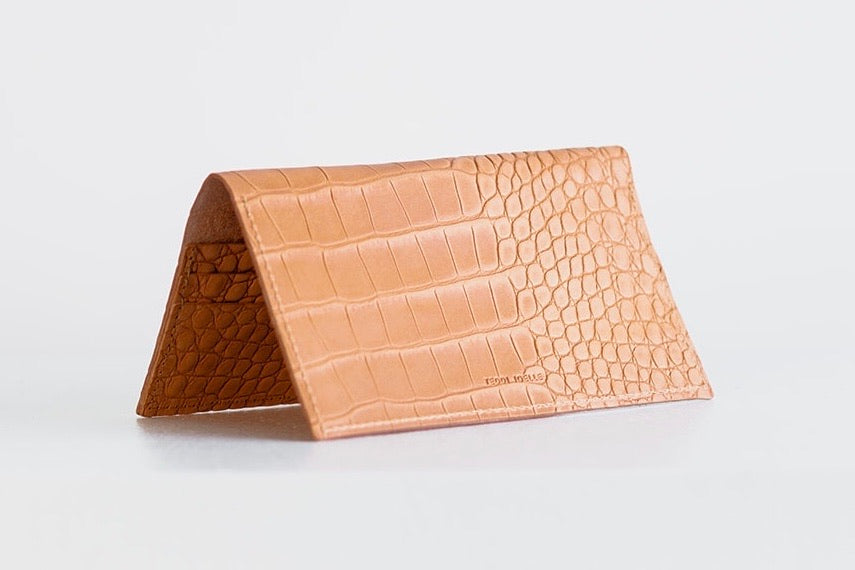 ESSENTIALS WALLET - UNDYED NATURAL CROC EMBOSS