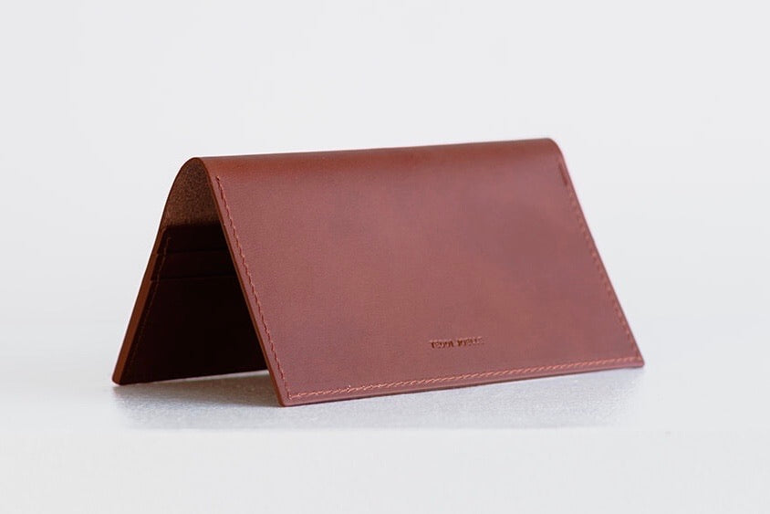 ESSENTIALS WALLET - BROWN