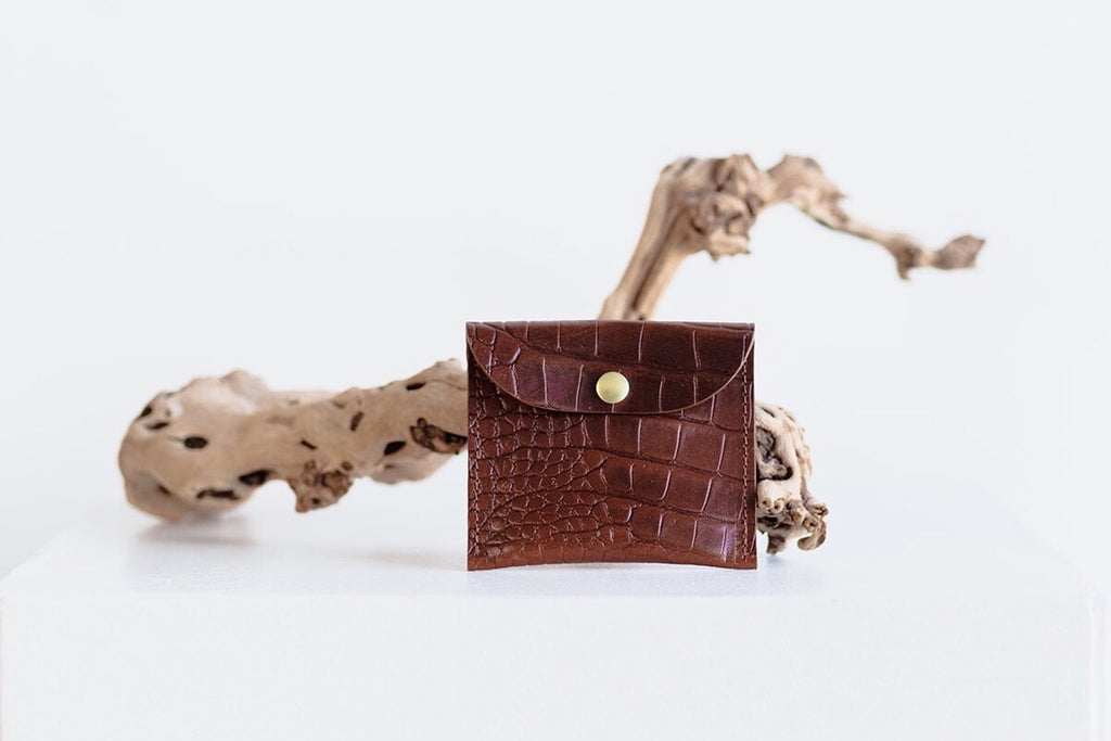 CARD POUCH - BROWN CROC EMBOSS