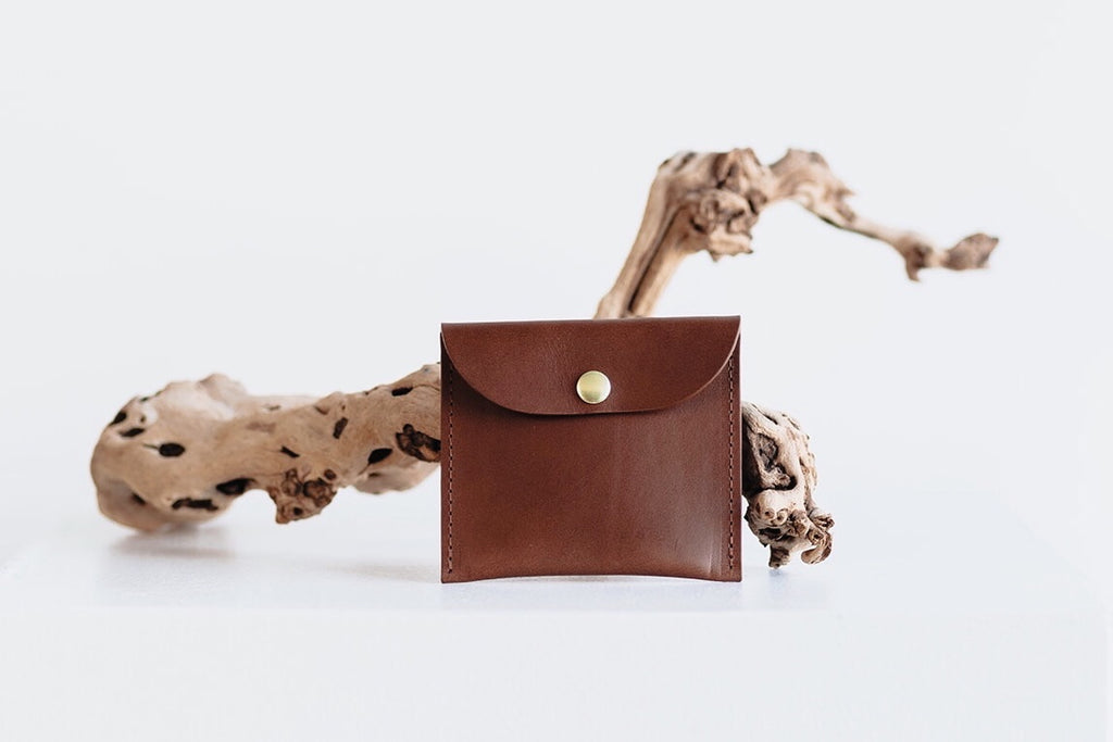 CARD POUCH - BROWN