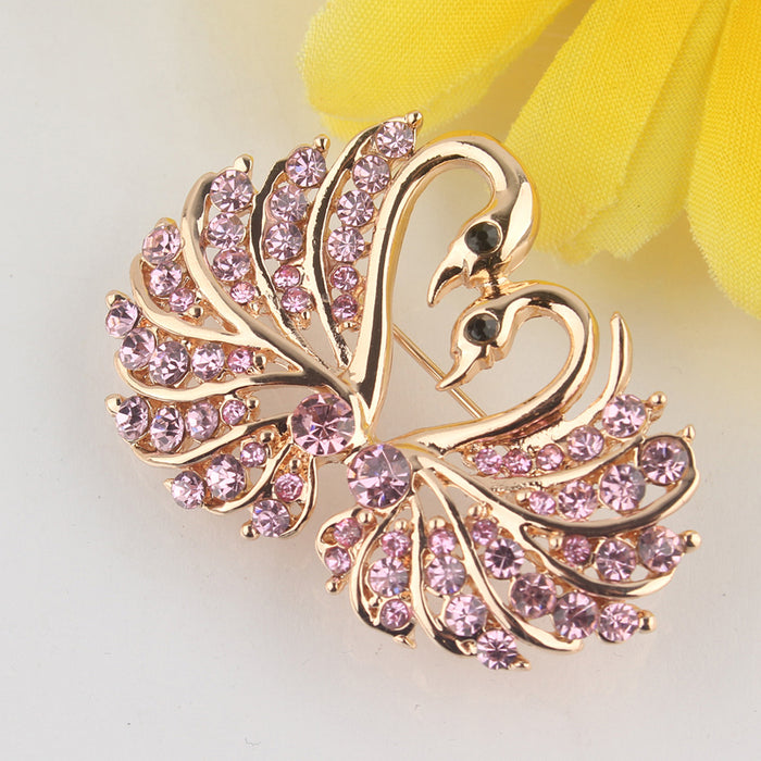 Full diamond swan brooch