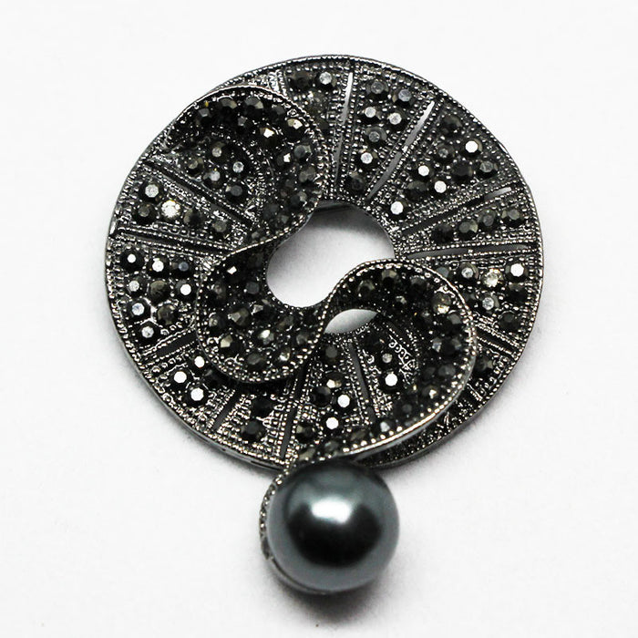 Black Diamond Crystal Pearl Brooch